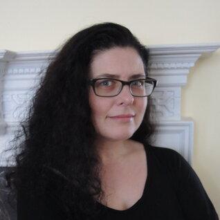 Lisa Villary headshot