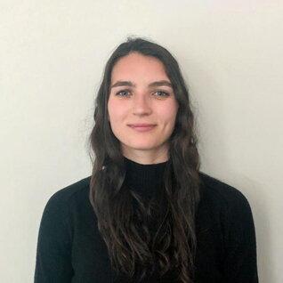 Elizabeth Gemmiti headshot