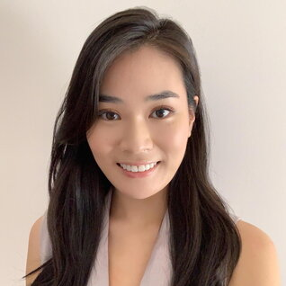 Christine Hwang headshot