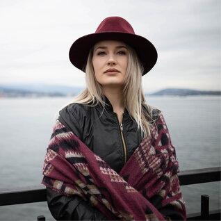 Sara Niinimaa headshot