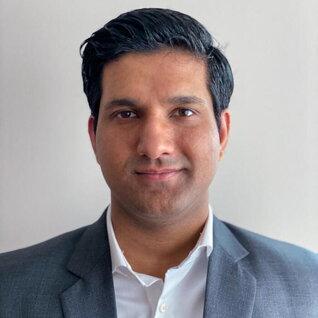 Safi Ullah Khan headshot