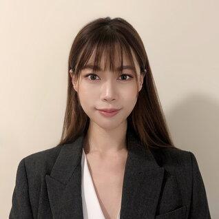 Zoe Li headshot