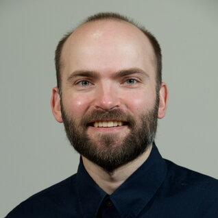 Eric Nielsen headshot