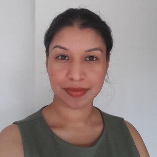 Deepa Anjanamurthy headshot