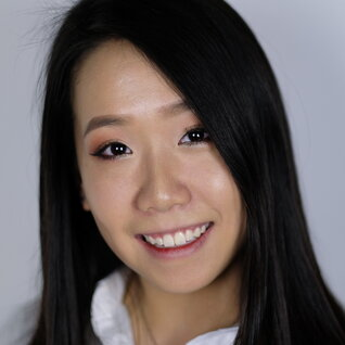 Sharon Fung headshot