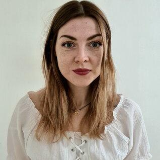 Magdalena Porzuczek headshot