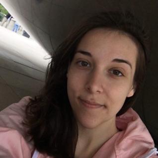 Veronica Cheren headshot
