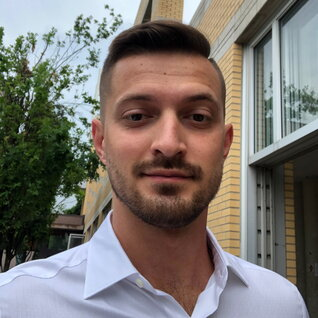Anatolii Korniichuk headshot
