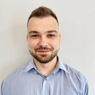 Andrei Roibu headshot
