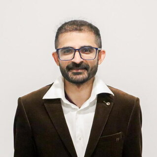 Kumail Zaidi headshot