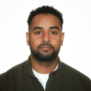 Abdul Farhan headshot