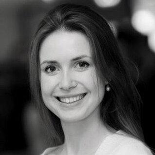Diana Porcescu headshot