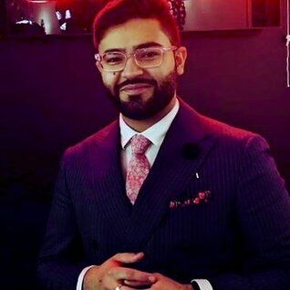 Haider Nadeem headshot