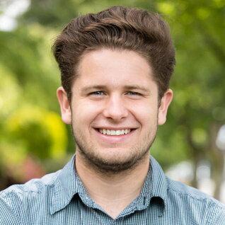 Nathan Vieites headshot