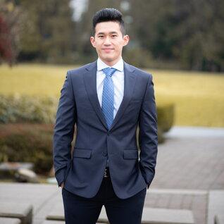 Thomas Chow headshot