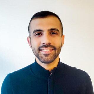 Mustafa Alabdullah headshot