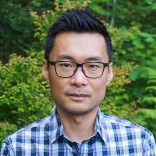 Weizhen Liang headshot