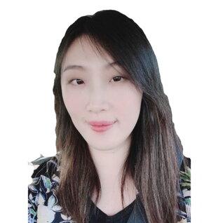 Hope Liang headshot