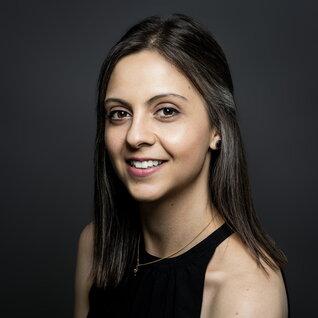 Gabriela Barneva headshot