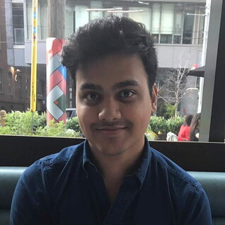 Adeel Rizvi headshot