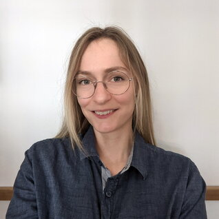 Melissa Hubert headshot